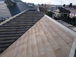施工前コロニアル屋根