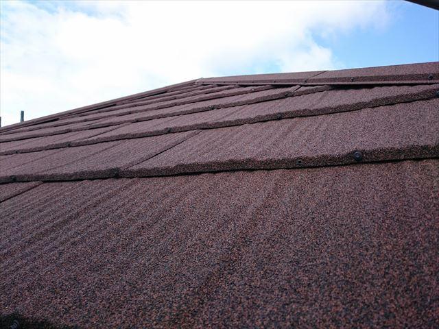 屋根材のビス打ち状態