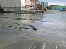 新潟山形の地震では住宅地域でも液状化現象が起こり、車両も埋まり救出には時間がかかる。