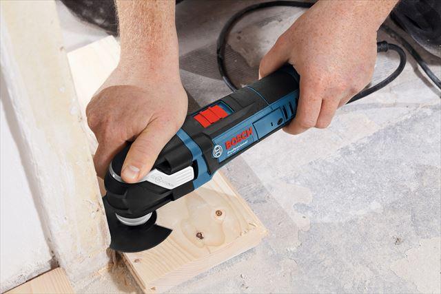 BOSCHのマルチツールはノコギリが入らない細部の切断や研磨、斫りを簡単に進めてくれる1台は持っておきたい電動工具