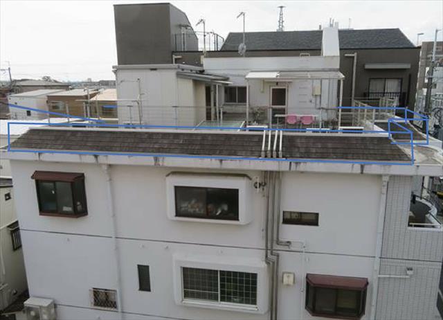 屋上フェンス位置をRC躯体である外壁の鉛直線上に移設すると屋上は最大化する