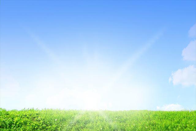 太陽光はガンマ線、紫外線、赤外線、可視光線などの電磁波として地球に到達し、紫外線は強い殺菌作用があって有益にも有害にも働きます