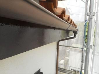 鼻隠し板仕上げ塗り工程