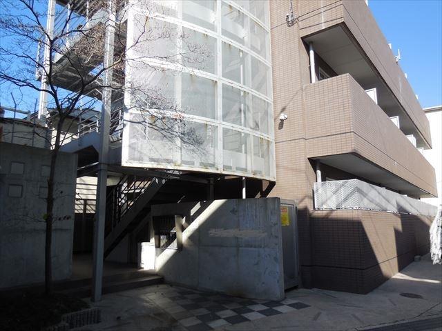 鉄骨造3階建てマンションの屋根工事