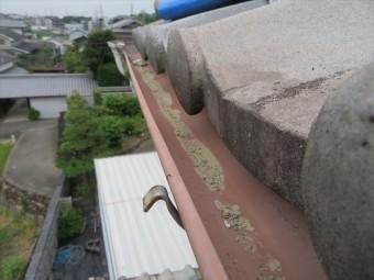 半丸形の雨どいはほとんど形状が変更されていませんので、被害がなかった既存の雨どいに接合して部分修理をすることができます。