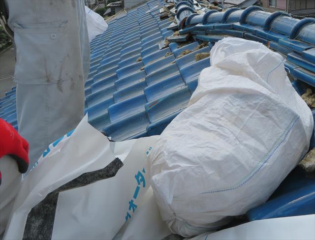 市販の土嚢袋とKMEWウォーターガードを利用した即席土嚢袋