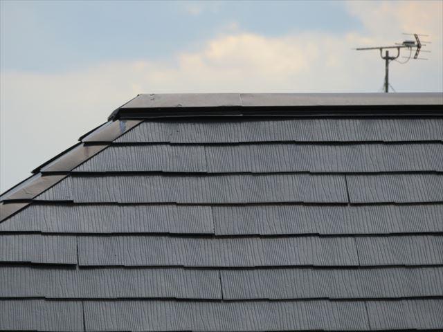 コロニアル屋根の単位重量は何kgあるのか