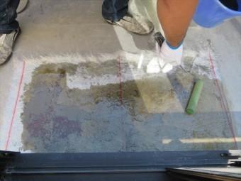 FRP防水層の仕上がりに疑問が残る時は思い切って剥離し成形しなおします
