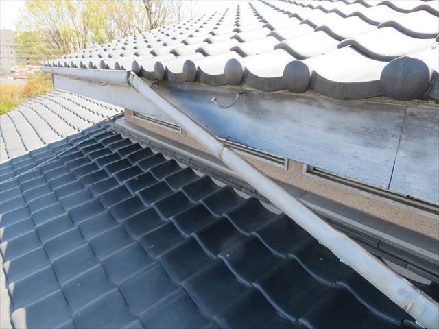 猪名川町で雨どい工事をお考えの方は街の屋根やさん宝塚店にお問合せ下さい。即日調査に伺います。
