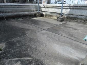 シンダーコンクリート内部のアスファルト防水層は30年が経過すると防水能力がなくなっている