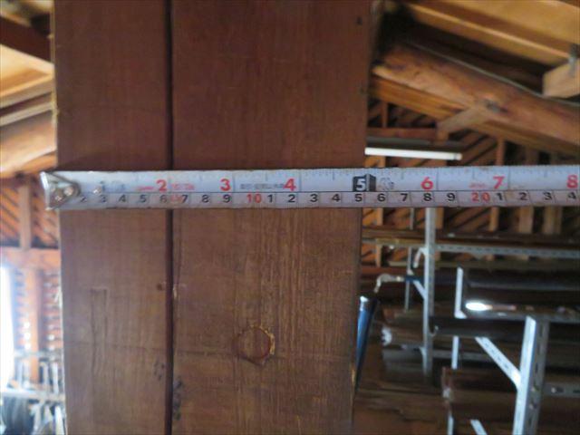5寸無垢角材の大黒柱