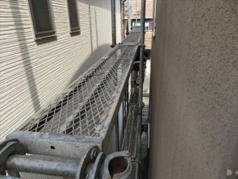 屋根工事で必要な足場板 アンチと呼ばれている