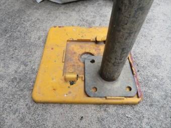 屋根工事で必要な単管足場の固定ベース