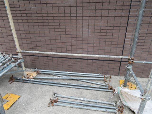 クランプ式足場の部材 根がらみ