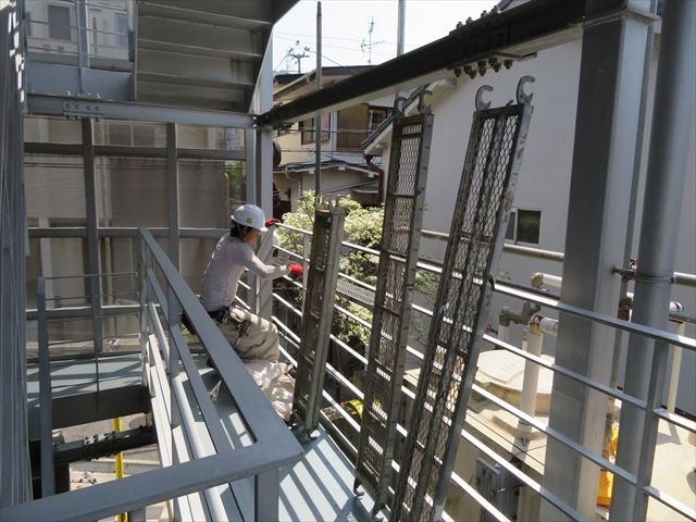 屋根外壁工事で必要な足場で一番作業員が求めている板