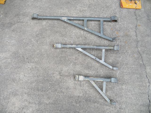 屋根工事、外壁工事で欠かせない足場板をさせてくれる支柱がブラケット