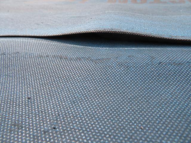 片面粘着層つき改質アスファルトルーフィング「カスタムライト」