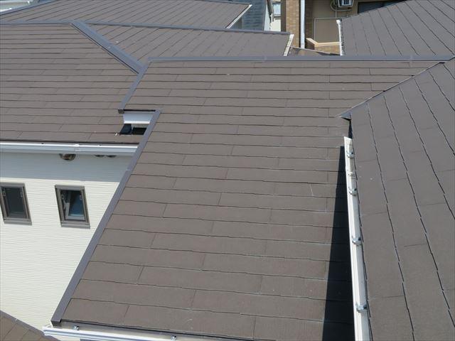 スレート屋根はカラーベストやコロニアルと言う呼び方で親しまれているメジャーな屋根材