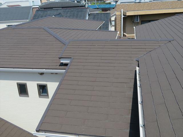 屋根も天端のひとつ。天端は最も雨を受け止める場所であり雨漏りしやすい場所になる