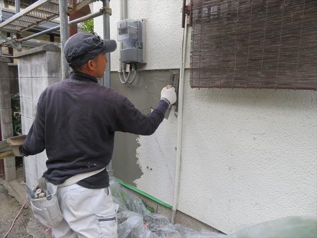 モルタル外壁表面の補修にごく薄く左官したモルタルは剥がれ落ちることはないのか