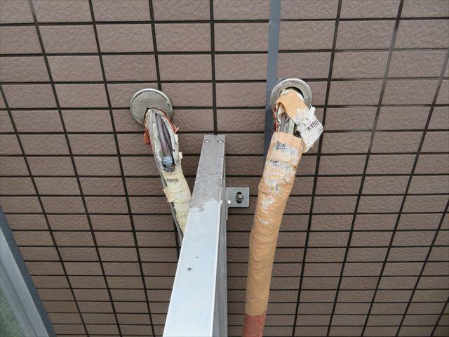 エアコンの配管取り入れ口からの高圧洗浄水の侵入を避けなければ意外な形で雨漏りがします