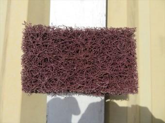 マジックロンは鉄部塗装をする前の下地処理で、古い塗膜やさびを強力に落としてくれる重研削作業向けの極太ナイロン繊維です