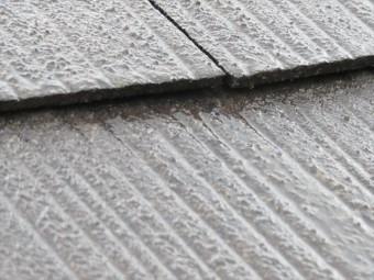 屋根材の継ぎ目には水分が滞留せず水分が切れている
