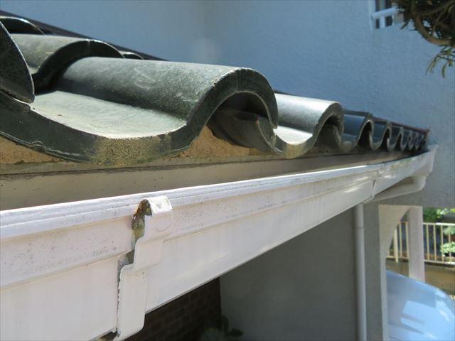 軒先のすすめ口面戸は防水よりも鳥獣や害虫の侵入を防ぐ