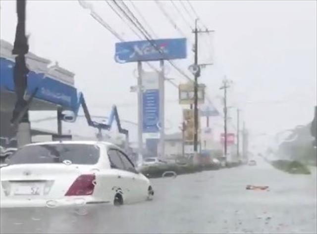 6月の降雨量は極めて少なかったところへ、短時間で1か月分の降雨があると、恵みの雨を通り超えて、災害への警戒をしなければなりません。 昨年のちょうど今頃、九州北部豪雨、西日本豪雨で、各地に甚大な被害が出たことは記憶に新しいものです。
