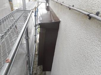 トタン板の庇塗装